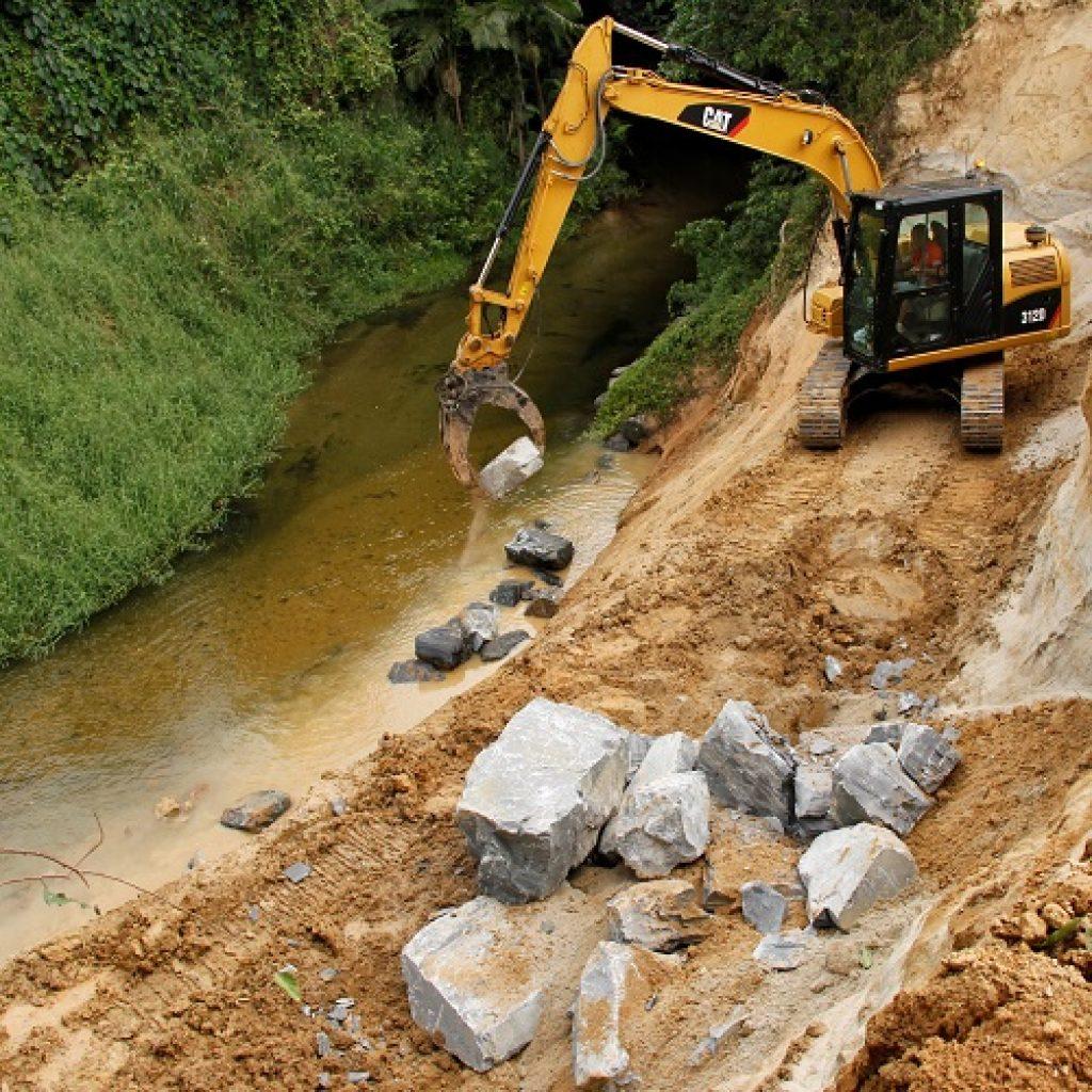 Flood Impacted Streambanks Rebuilt